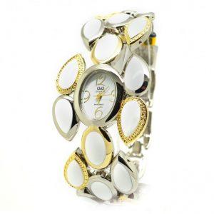 Дамски часовник Q&Q F489-801