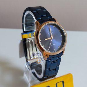 Дамски часовник Q&Q C215J828Y синя метална верижка