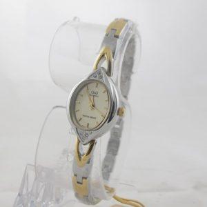 Дамски часовник Q&Q - R037-400Y